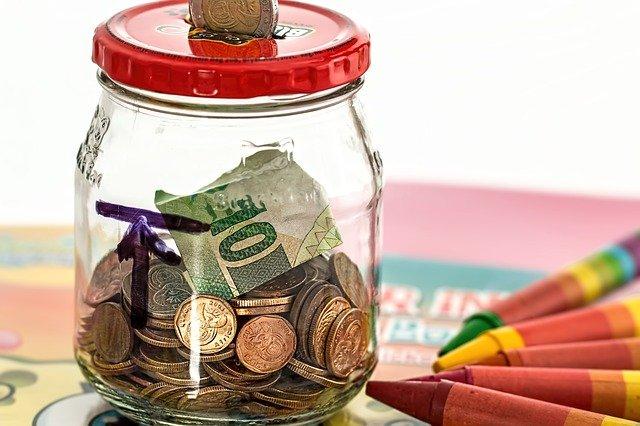 Ahorros y lápices