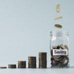 Guardando dinero